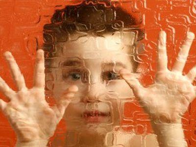 Количество детей, страдающих аутизмом, растет с небывалой скоростью
