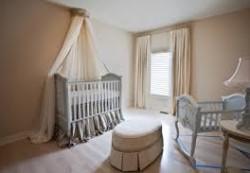 Как получше можно обустроить для малыша комнату