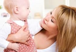 Как оставить ребенка: первый выход «в свет»