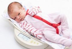 Как оценить физическое развитие грудного ребенка
