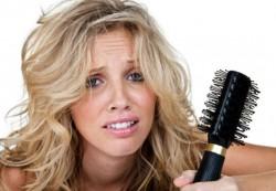 Почему при беременности выпадают волосы и как с этим бороться