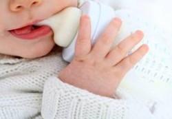 Искусственное вскармливание ребенка — содержите бутылочки в чистоте