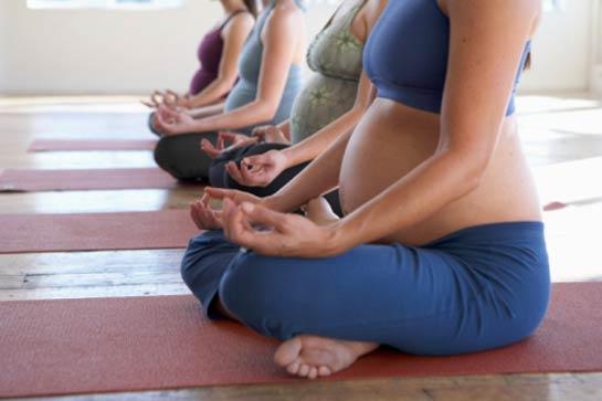 Беременность: гармонизируем состояние при помощи упражнений йоги