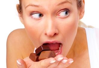 Пять признаков расстройства пищевого поведения у вашей дочери