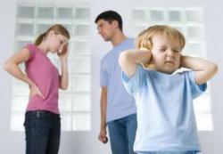 Как детям правильно рассказать о разводе родителей