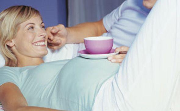 Кофе во время беременности: да или нет?