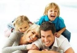 Дети быстрее развиваются в полноценных семьях