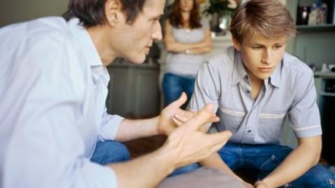 Психологи рассказали, как правильно общаться с детьми в подростковом возрасте