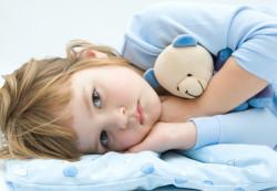 Ученые установили влияние бессонницы на организм ребенка