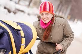 Правила зимней прогулки с коляской. Искусство управлять