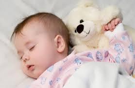 Сон младенца — по режиму