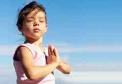 Детская йога: зачем она нужна