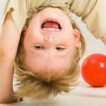 Гиперактивность у детей будут лечить поощрением и похвалой