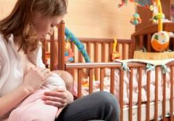 Кормящая мама и ее младенец: налаживаем сон