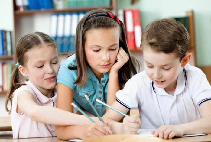 Как научить ребенка не отвлекаться на уроках