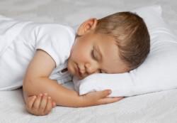 Своя кроватка: семь правил подготовки к раздельному сну