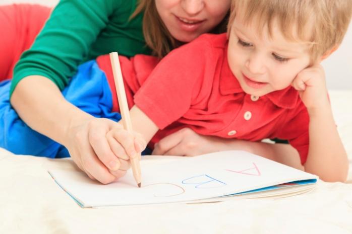 Писать красиво нелегко: несколько способов улучшить детский почерк