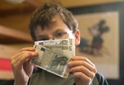 Карманные деньги: когда и как?