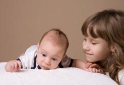 Готовим своего первенца к появлению еще одного малыша