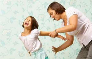 Найдена причина жестокого обращения с детьми