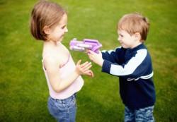 Чему учат игрушки