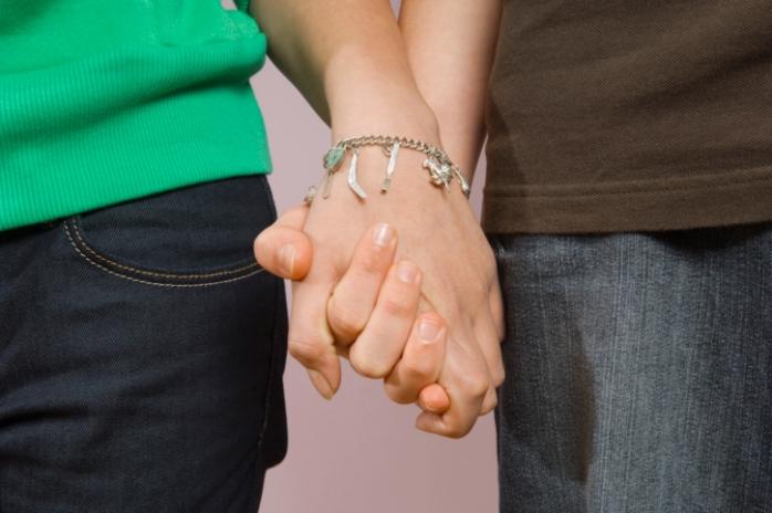 Первая любовь: что нужно знать родителям подростков