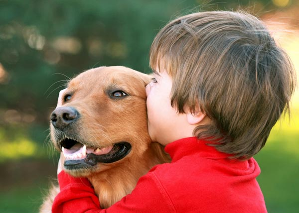 Домашние животные помогают детям с аутизмом развить коммуникативные навыки