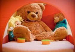 Игрушечные войны – как научить детей делиться?