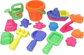 Развивающие игрушки: выбор и изготовление