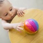 Развитие двигательных навыков у детей 10-12 месяцев