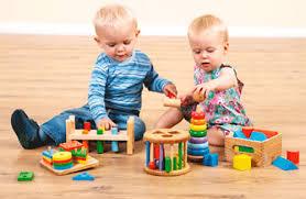 Игры и игрушки для развития мелкой моторики у грудничка