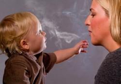 Пассивное курение маленьких детей