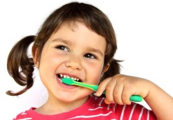 Первый визит к детскому стоматологу. О чем стоит спросить врача