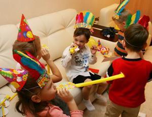 Как правильно выбирать игрушки для мальчика и девочки