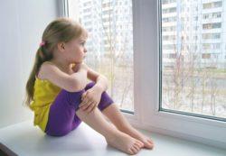 Ребёнок один дома: простые правила безопасности