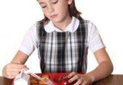 Стоит ли принуждать ребенка к здоровой пище?