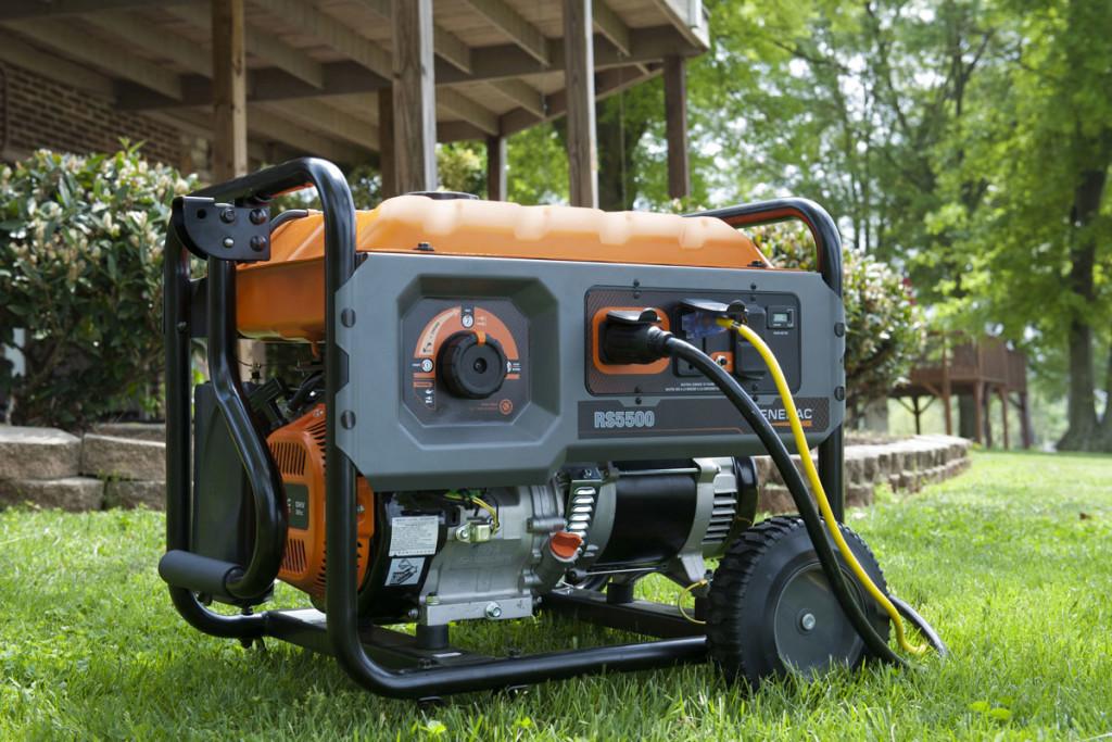 Какой электрогенератор купить для дачи: бензиновый или дизельный?