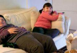 Жесткое воспитание может спровоцировать детское ожирение, — ученые