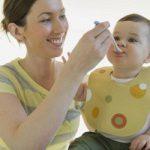 Дети, которых кормят с ложки, рискуют заработать ожирение