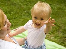 Исследователи выяснили: младенцы способны отличать живое от неживого