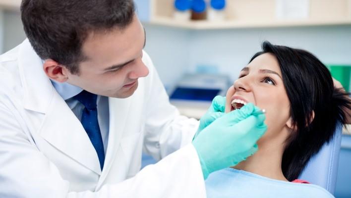 Стоматология. Причины кровоточения десен