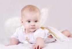 Почему ребёнок потеет в 4 месяца?