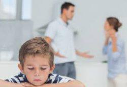 О чем нельзя говорить при ребенке