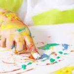 От 6 месяцев до года: рисуем пальчиками
