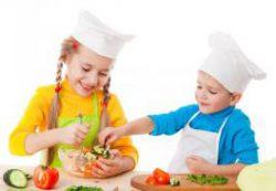 Как приучить ребенка к здоровому рациону