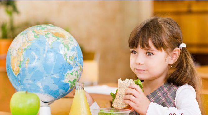 Как помочь школьнику: правильное питание