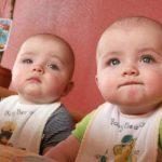 Дети-близнецы — двойная радость