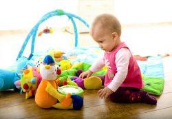 Игрушки для ребенка от 6 месяцев до 1 года