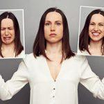 Женщины могут контролировать свои эмоции при ПМС