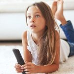 Длительный просмотр телевизора повышает риск развития диабета у детей